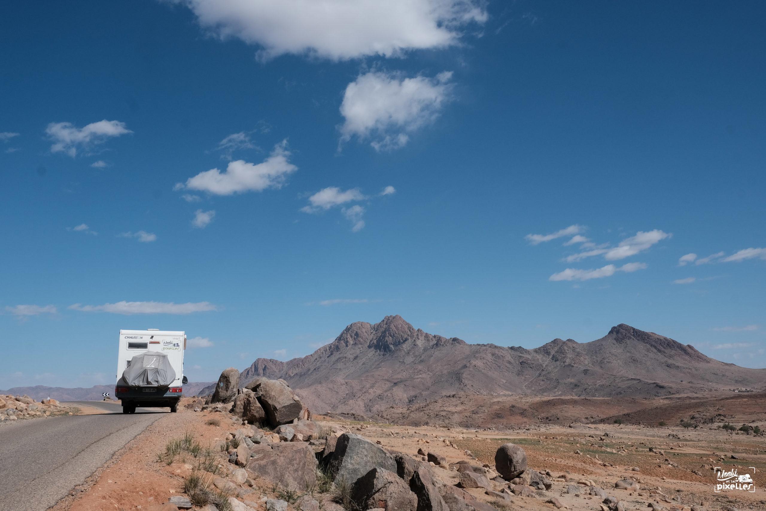 Camping car dans l'Anti Atlas au Maroc