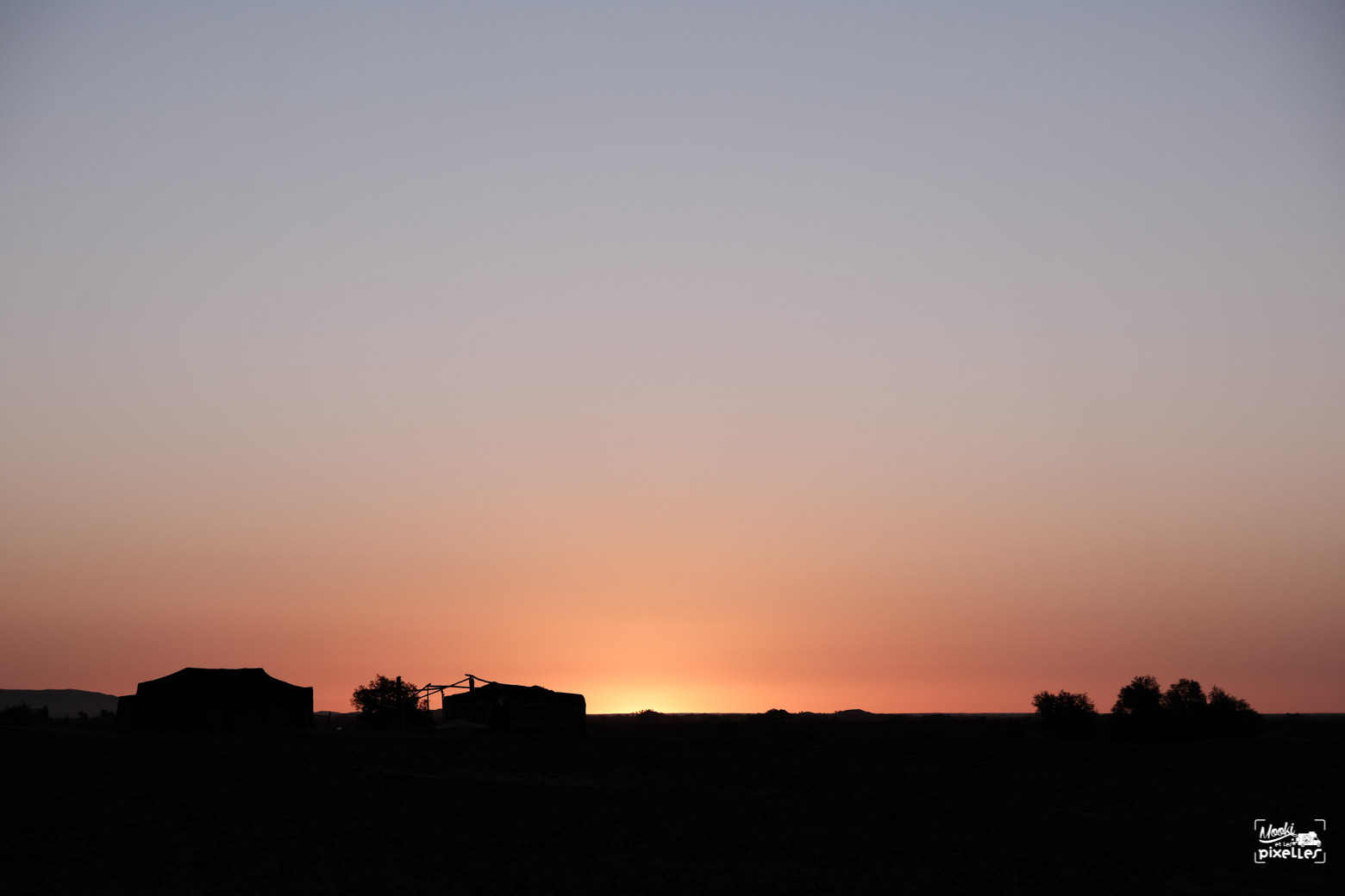 Lever de soleil du le désert du Sahara au Maroc