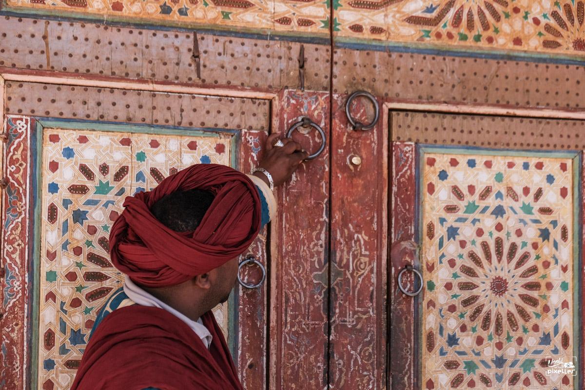 Magnifique porte ancienne au Maroc