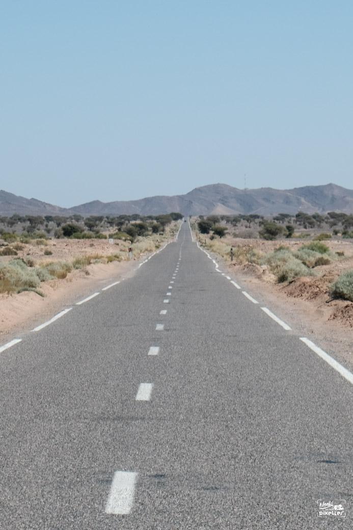 Route toute droite au Maroc