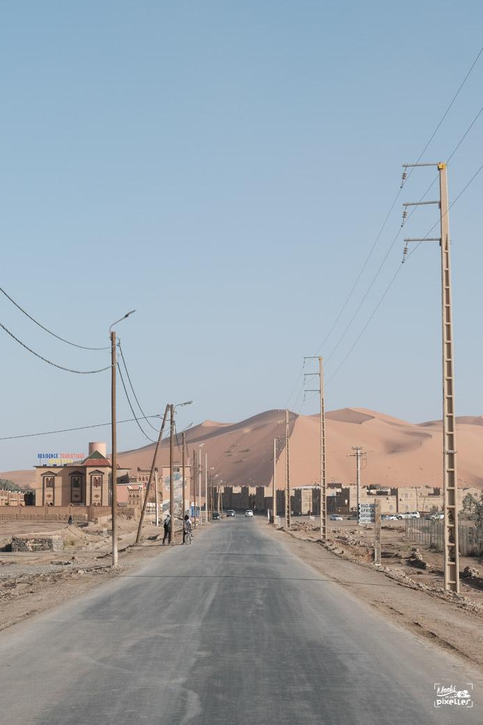 Arrivée dans la ville de Merzouga au porte du désert su Sahara